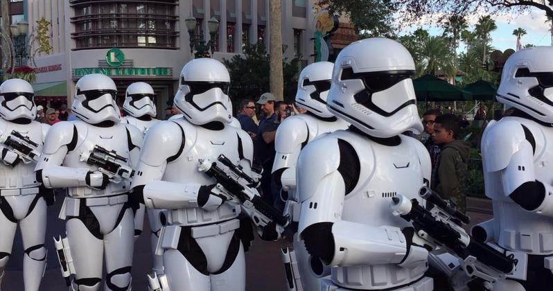 Star Wars Stormtroopers Help Enforce Social Distancing at Walt Disney World and Disney Springs [Source: Movieweb]