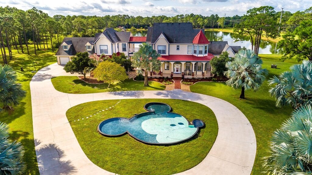 Disney Themed Mansion Florida with Mickey Mouse Shaped Pool! [Source: Zillow]