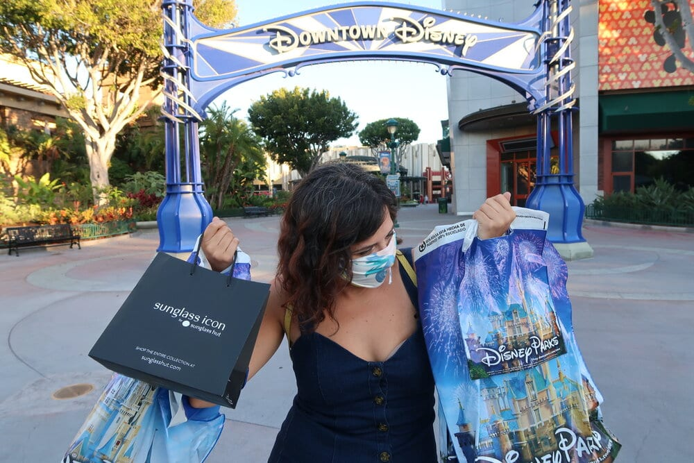 How to Easily Book Your Disneyland Shopping Reservation [Source: Perfecting the Magic]